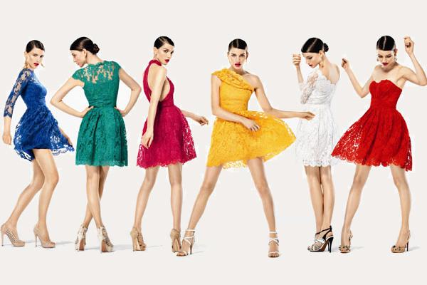 Kısa Renkli Serinleten Elbiseler