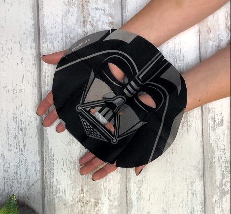"""Cilt Lekelerine Çözüm """"Siyah Çaylı Maske"""""""